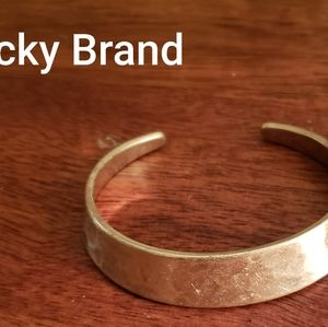 NWOT Gold Lucky Brand Adjustable Bangle Bracelet